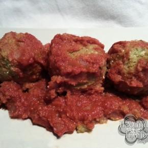 Polpette di zucchine e tonno al sugo