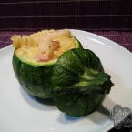 Zucchine tonde ripiene di tortiglioni zucchine e spek