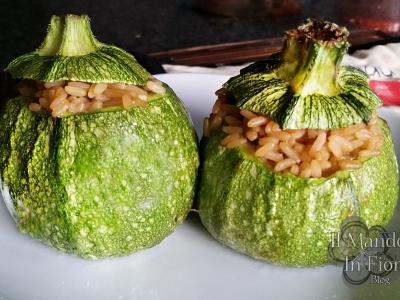 zucchine ripiene di risotto allo zafferano e zucchine
