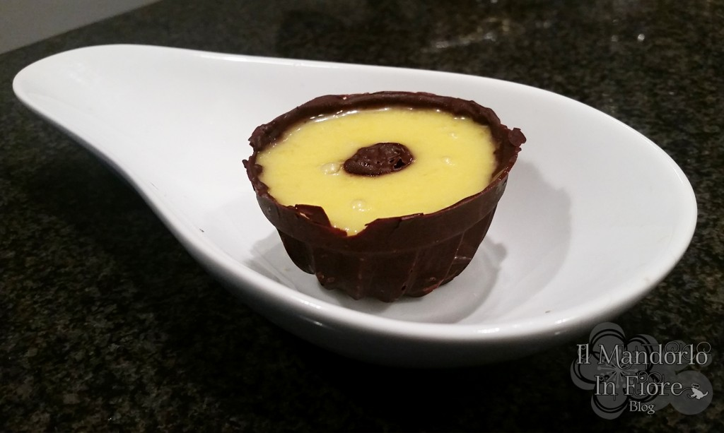 coppette di cioccolata e crema di arancia