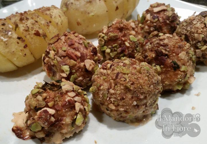 Polpette di pescespada panate ai pistacchi e mandorle