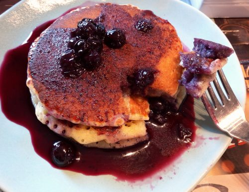Pancake vegani ai mirtilli