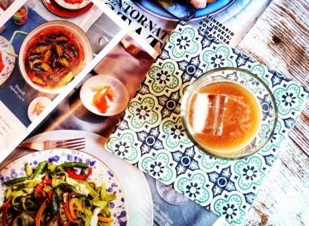 Caffe` freddo alle mandorle e ibiscus