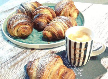 Croissant sfogliati semplici da fare