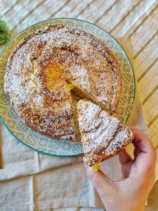 Torta con vortice di crema