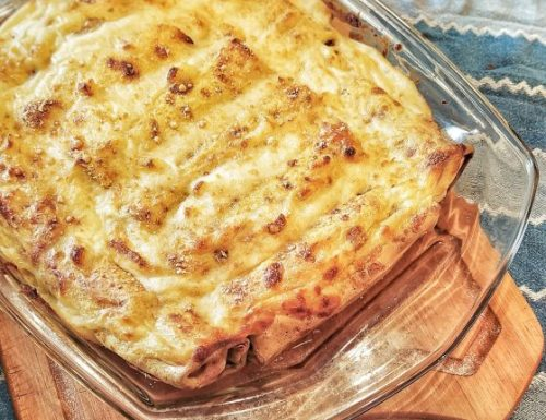 Cannelloni di crepes salsiccia, ricotta e spinaci