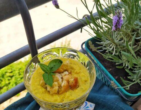 Gazpacho di zucchine gialle e menta
