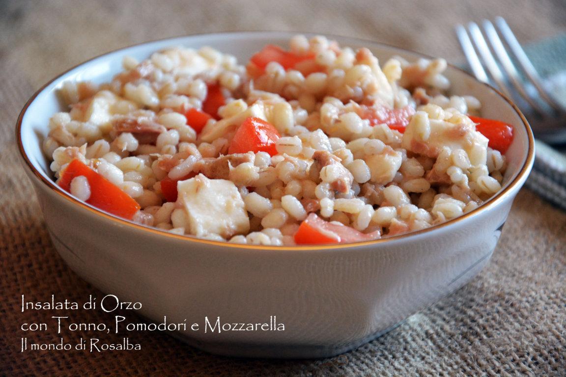 Insalata di Orzo con Tonno, Pomodori e Mozzarella