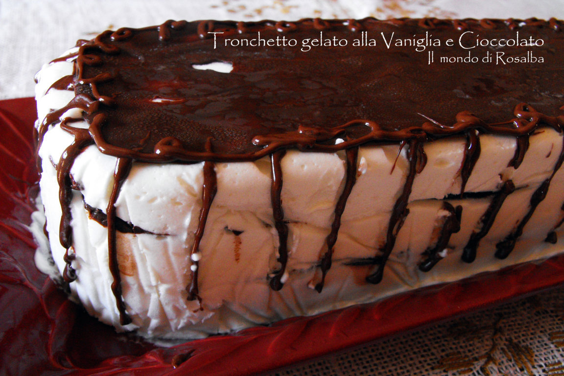 Tronchetto gelato alla Vaniglia e Cioccolato