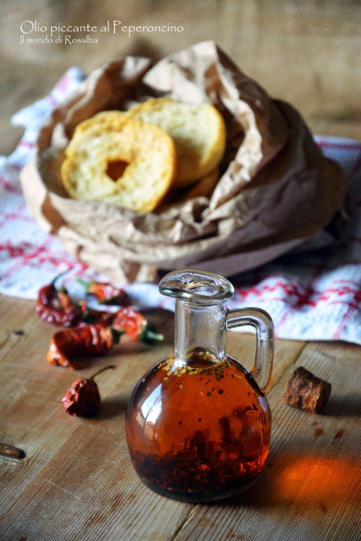 Olio piccante al Peperoncino