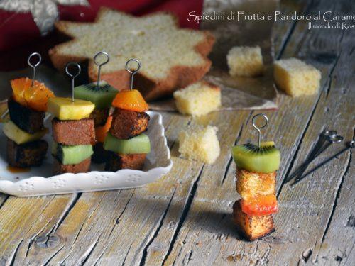 Spiedini di Frutta e Pandoro al Caramello