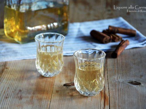 Liquore alla Cannella (Ricetta tradizionale e Bimby)