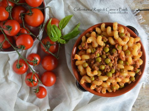 Cellentani al Ragù di Carne e Piselli (Ricetta tradizionale e Bimby)