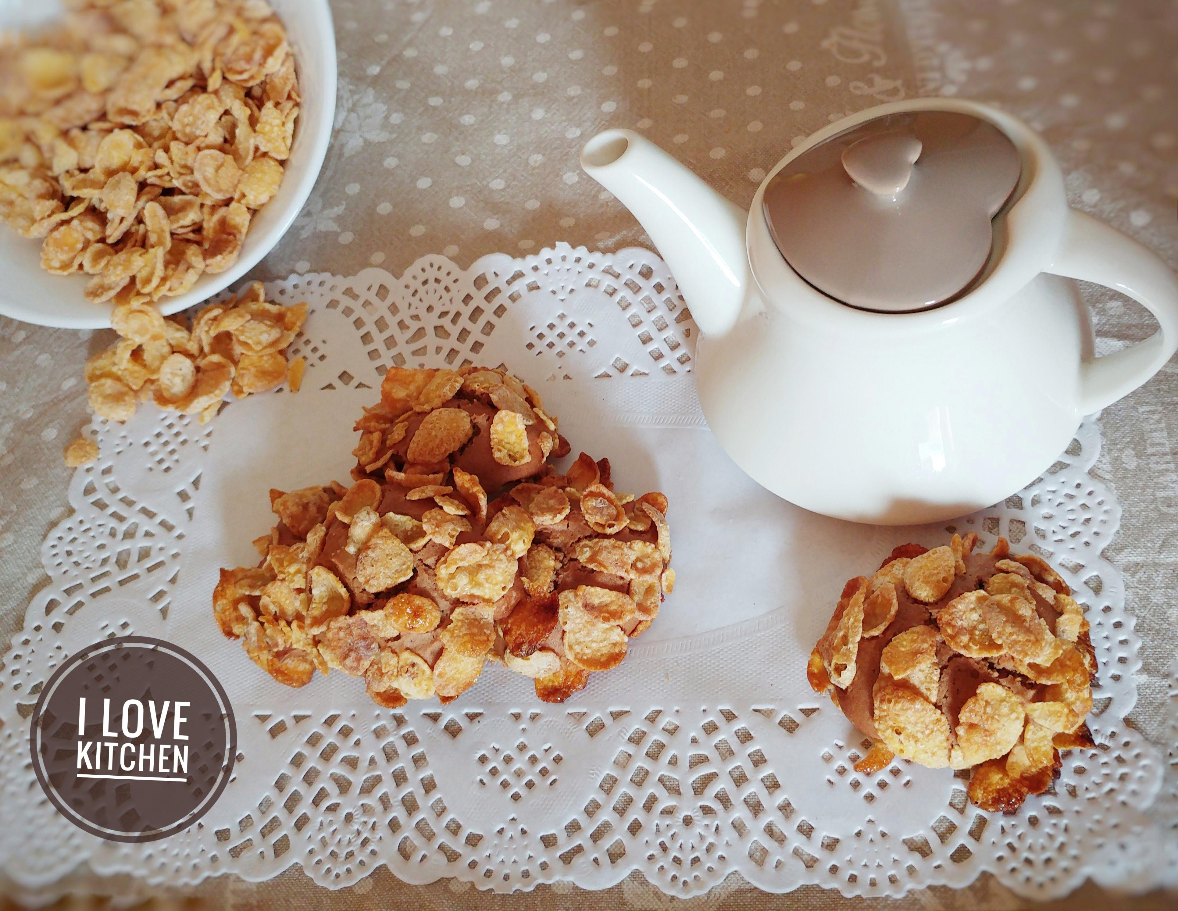 Biscotti veloci al nesquik ricoperti di cornflakes