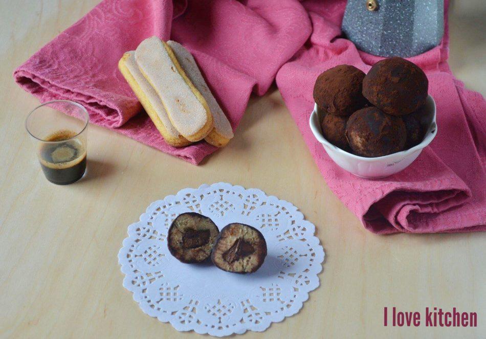 Tartufi tiramisu con cuore di nutella
