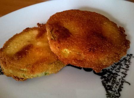 Sandwich di zucchina ripieni di mozzarella filante