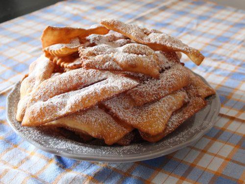 Galani (fritti di Carnevale)