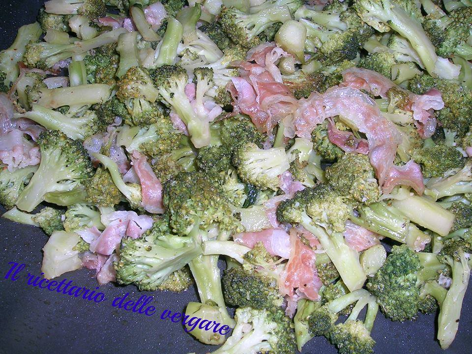 Broccoletti in padella con la pancetta