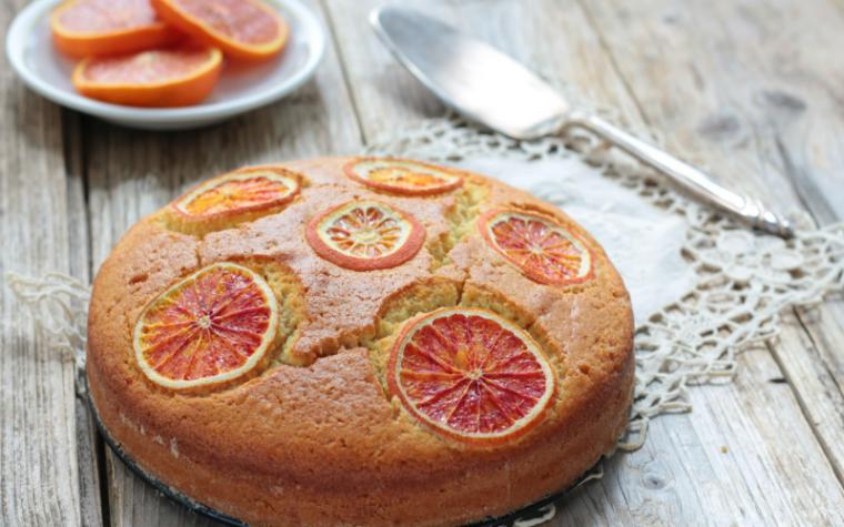 Torta di albumi con  arancia e limone