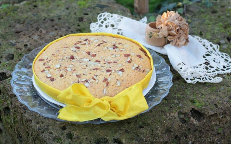 Torta mediterranea alle mandorle