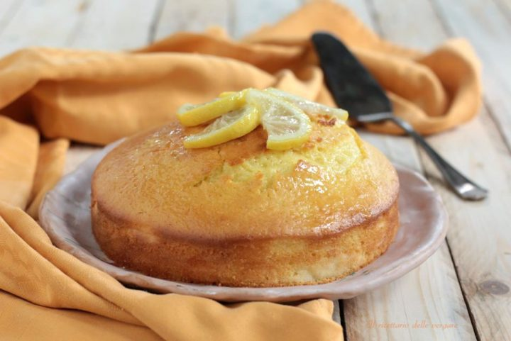 Torta al limone profumata e soffice