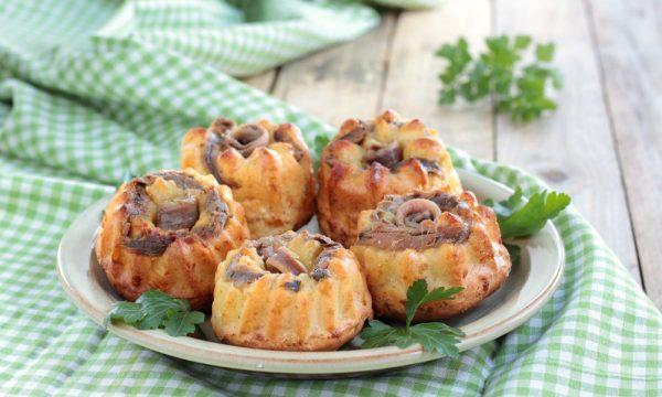 Muffin  con alici sotto olio