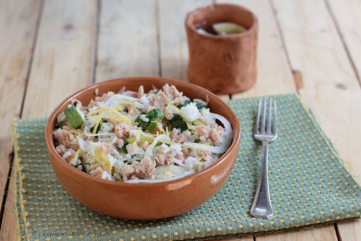 Insalata di riso con tonno zucchine e limone