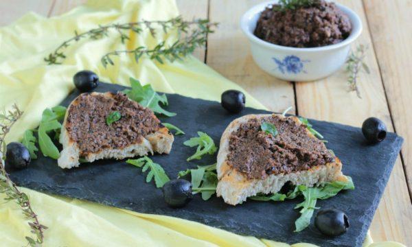 TAPENADE (salsa a base di olive)