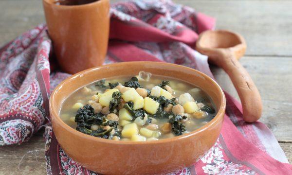 Zuppa di  ceci con cavolo nero e patate