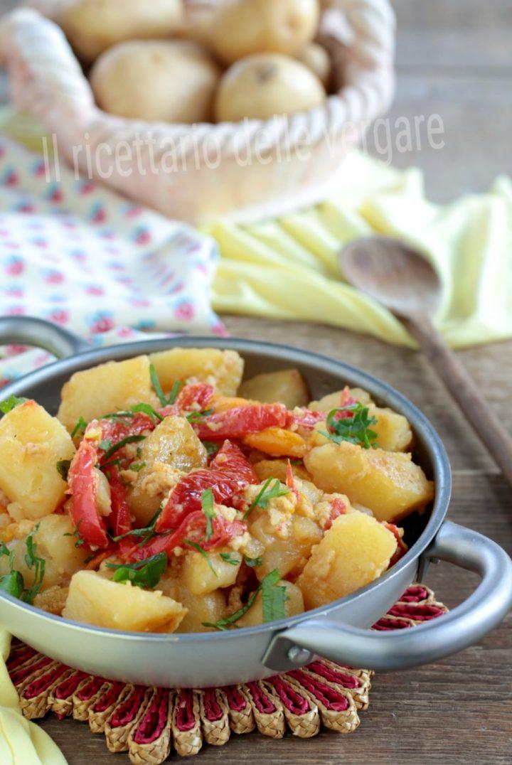 Patate in umido con peperoni