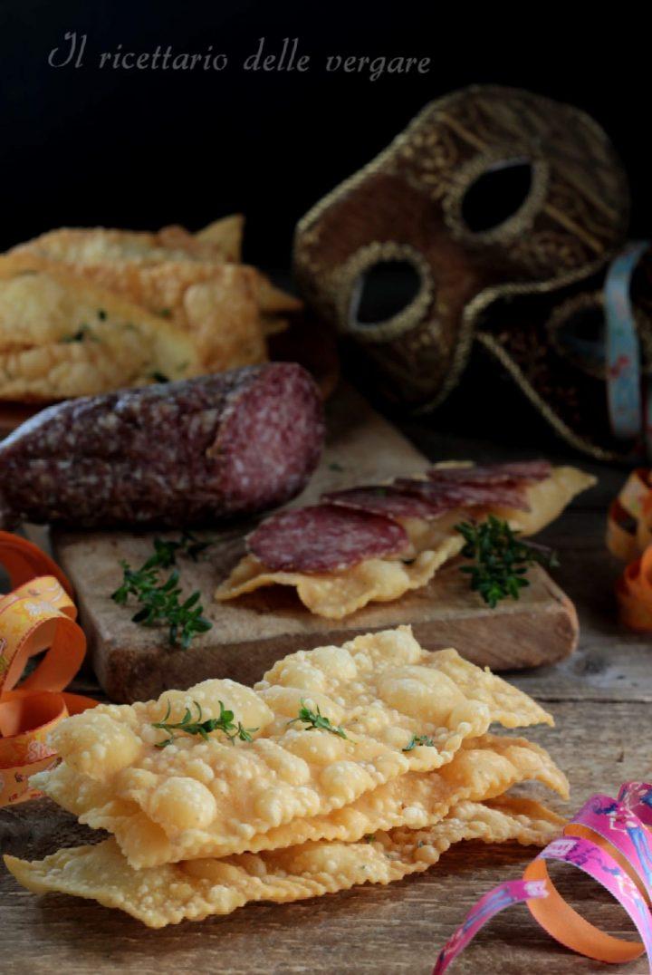 Chiacchiere di carnevale  salate