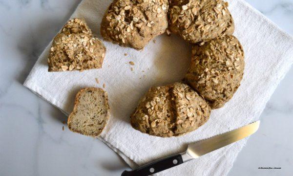 Pane di segale ai semi