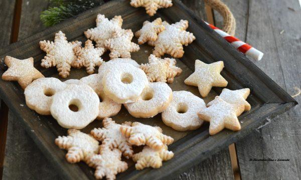 Biscotti di Natale con frolla di riso