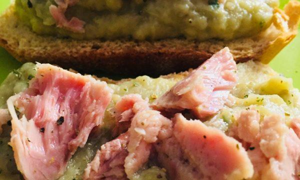 Bruschette tonno e crema di melanzane