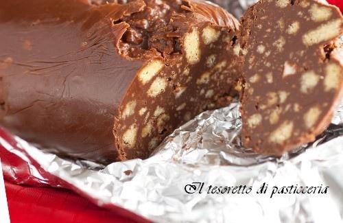 Salame di cioccolato ai biscotti