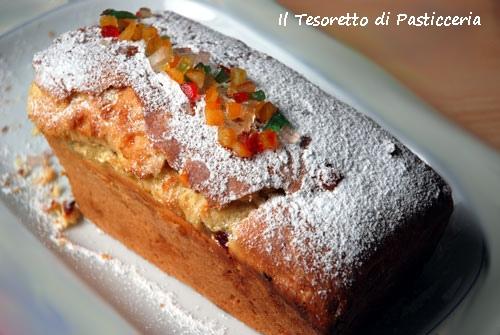 Plum-cake dolce ai canditi