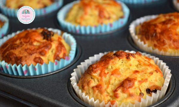 Muffins alle mele e uvetta