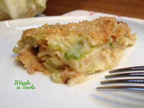 Lasagna vegana di carasau con verza e bocconcini di soia