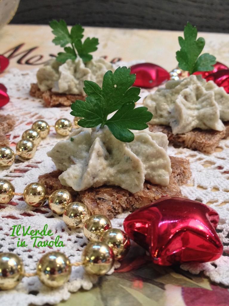 tartine con crema di tofu e carciofini5