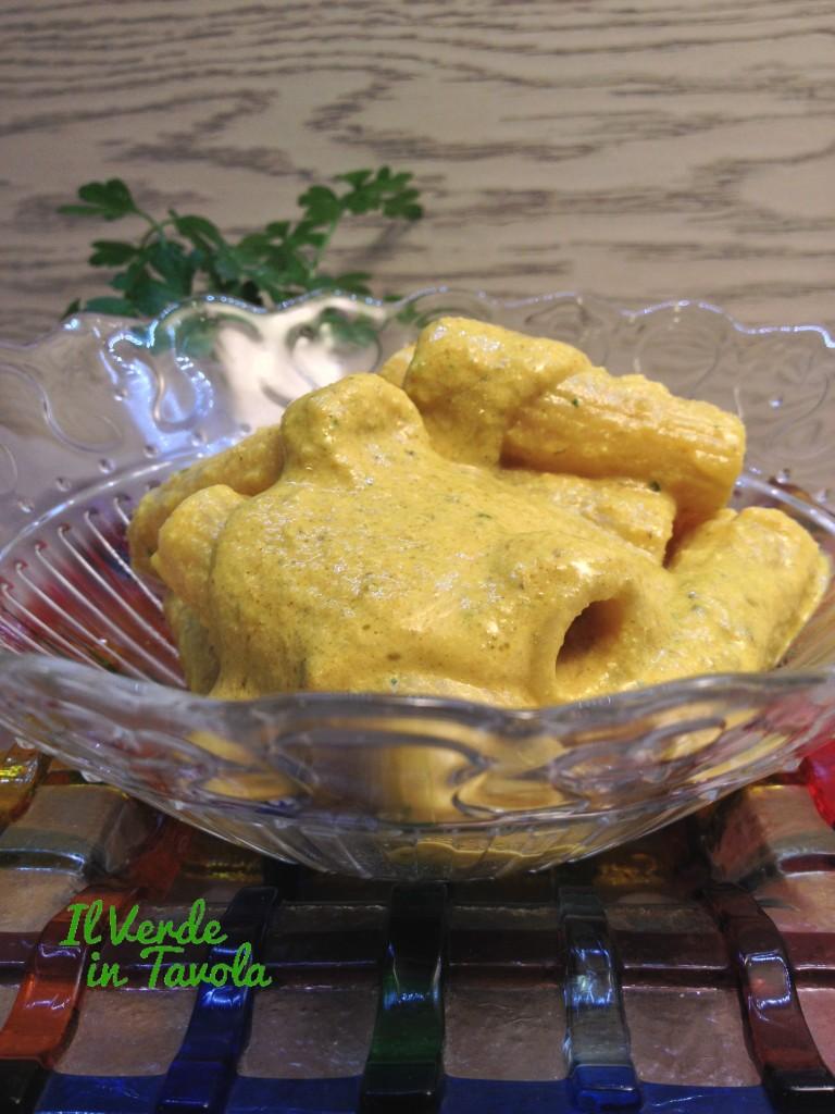 tortiglioni con crema di tofu e carciofi2