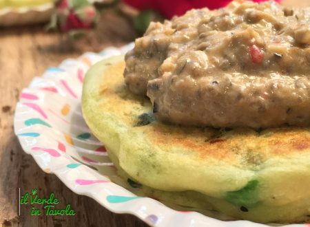Pancakes vegani salati ai piselli