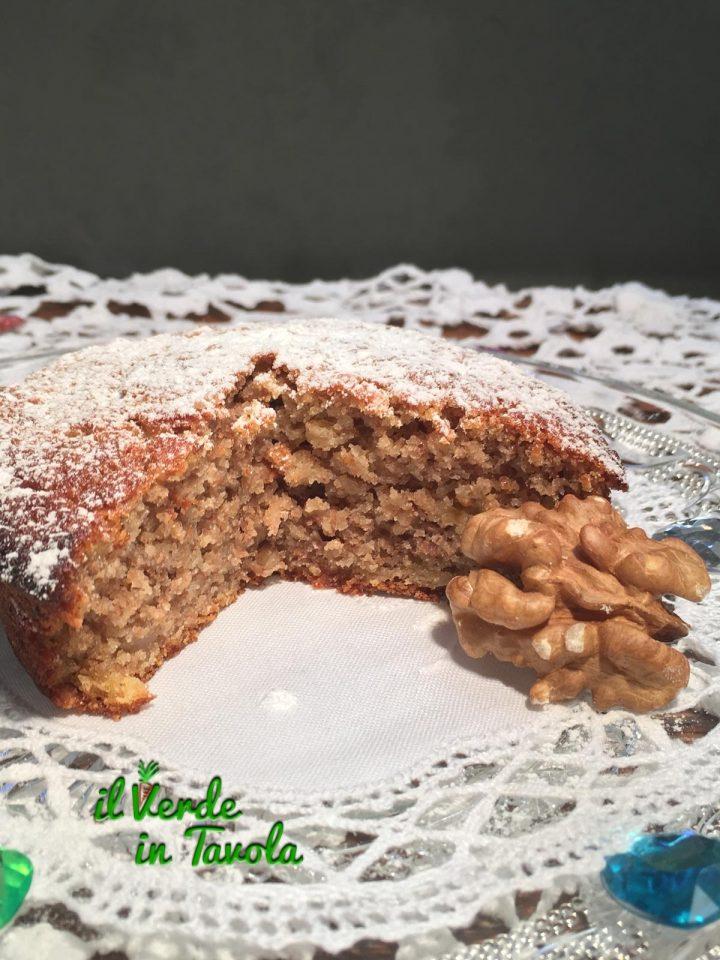 Tortine vegane con caco, mela e noci