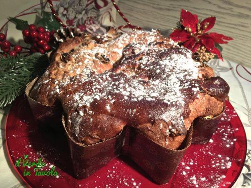 Stella di Natale alla cannella con uvetta e noci – videoricetta