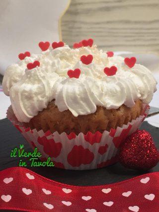 Morbidi cupcakes vegani alle noci