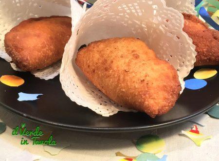 Panzerotti fritti con LM ripieni di zucca, gorgonzola e noci – videoricetta