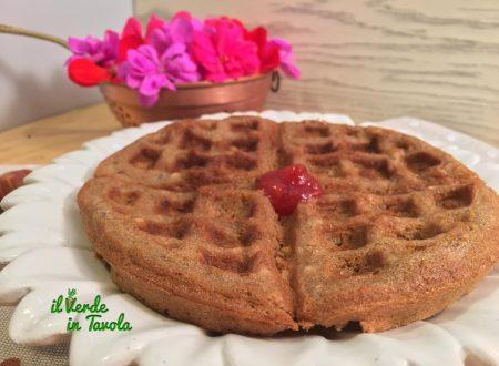 Waffle vegani alla nocciole senza uova e latte – videoricetta