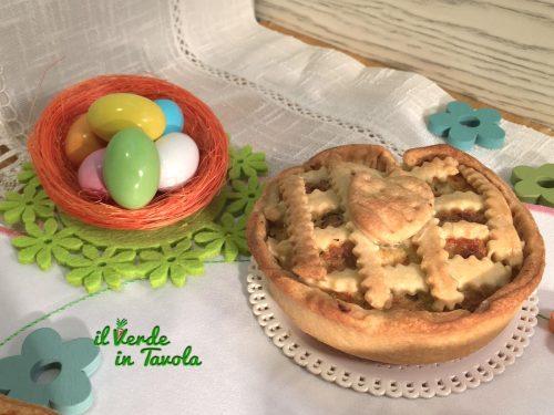 Mini quiche di Pasqua con ricotta, cavolfiore e broccolo