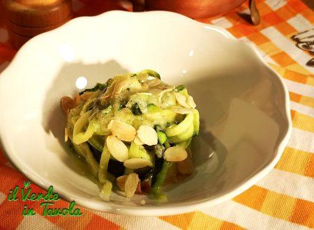Spaghetti di zucchine con cacio, pepe e menta