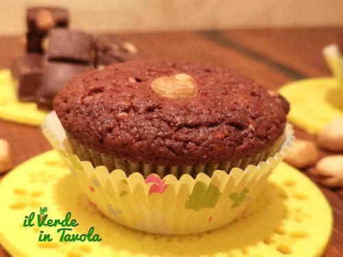 Muffin soffici e profumati al cioccolato e nocciole la ricetta