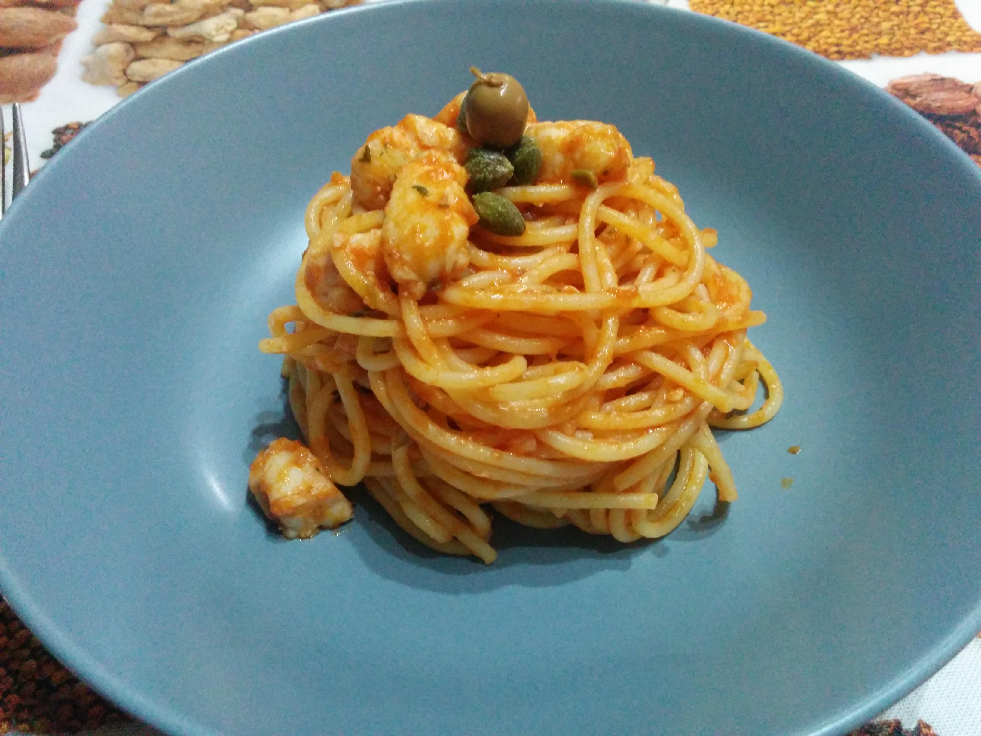 Spaghetti con rana pescatrice (o coda di rospo)